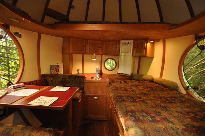 hotel con habitaciones circulares