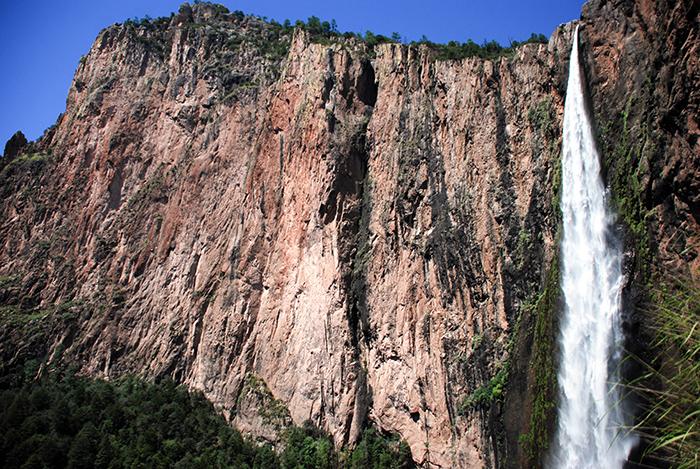 Basaseachi, cascadas en México, Chihuahua.